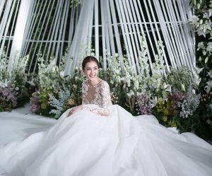 Pourquoi cette incroyable robe de mariée affole le web