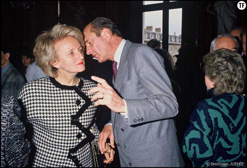 Jacques Chirac et sa femme Bernadette à Matignon en 1988