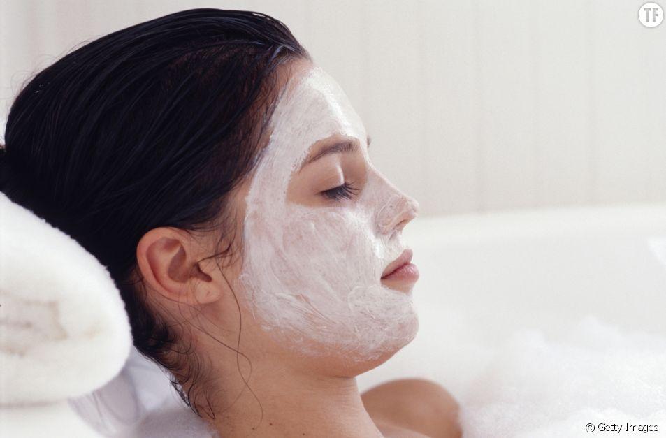 Ce masque DIY simplicissime va vous faire une peau de rêve