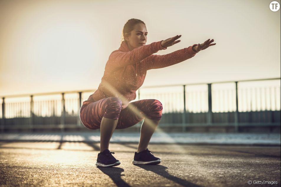 3 exercices pour les fesses qui battent le squat