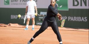 Serena Williams en combi : et si on lâchait les baskets aux femmes ?