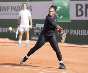 Serena Williams en combi : et si on lâchait les baskets aux femmes ?