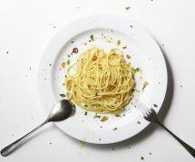 La recette des spaghettis au yaourt et à l'ail