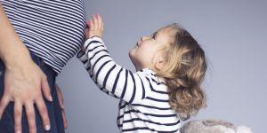 Comment préparer un enfant à l'arrivée d'un petit nouveau ?
