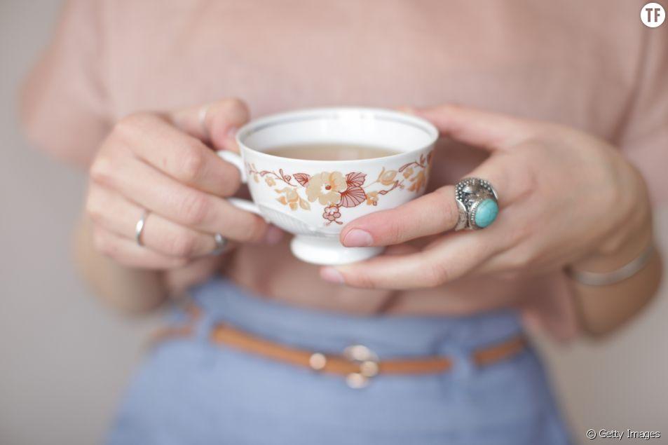 Boire du thé pour se sentir bien