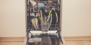 Pourquoi vous ne devriez pas rincer vos assiettes avant le lave-vaisselle