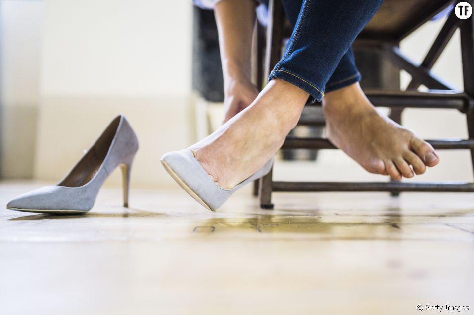 Au Japon, les femmes protestent contre l'obligation de porter des talons au bureau