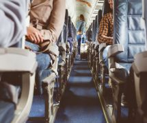 Elle stoppe un harcèlement à bord d'un avion : une journaliste raconte