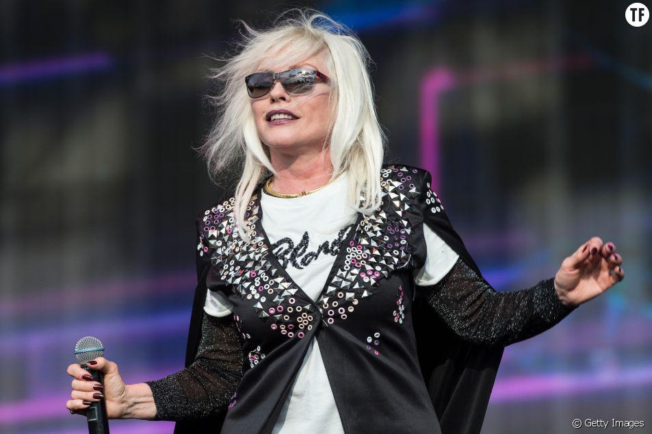 Debbie Harry a fait l'objet d'une accroche bien sexiste.