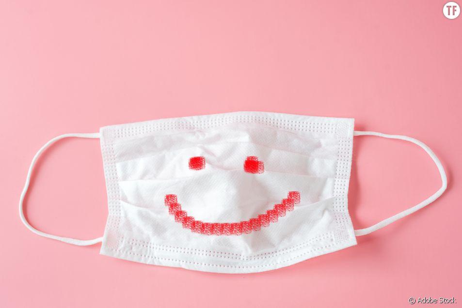 Y a-t-il (encore) un sourire sous le masque ?