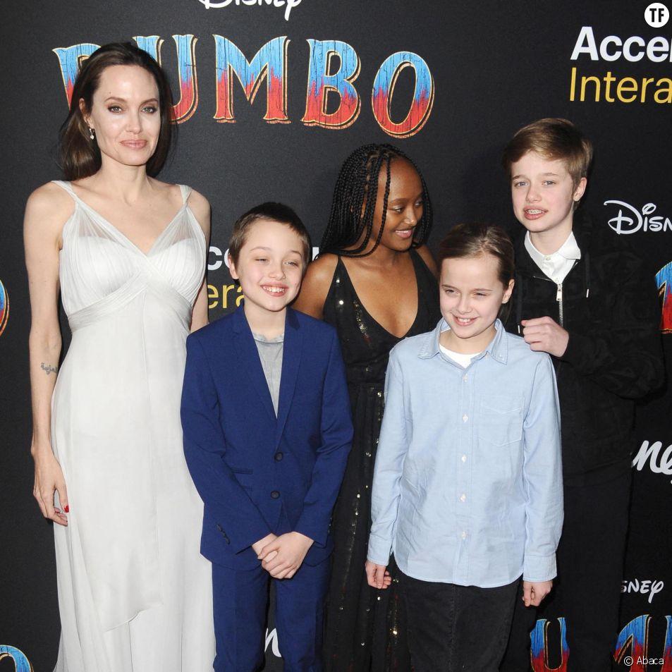 Angelina Jolie et ses enfants Shiloh Jolie Pitt, Vivienne Marcheline Jolie Pitt, Knox Jolie Pitt, Zahara Jolie Pitt à la première de Dumbo à Los Angeles le 11 mars 2019