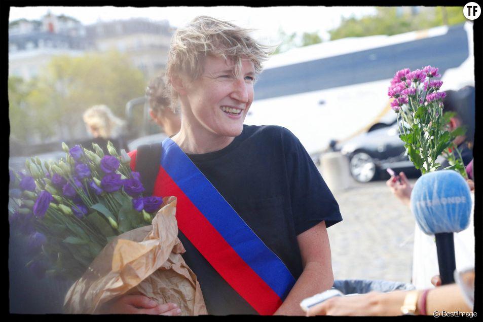 Alice Coffin à la commémoration du 50ème anniversaire du MLF autour de l'Arc de Triomphe à Paris le 26 août 2020.