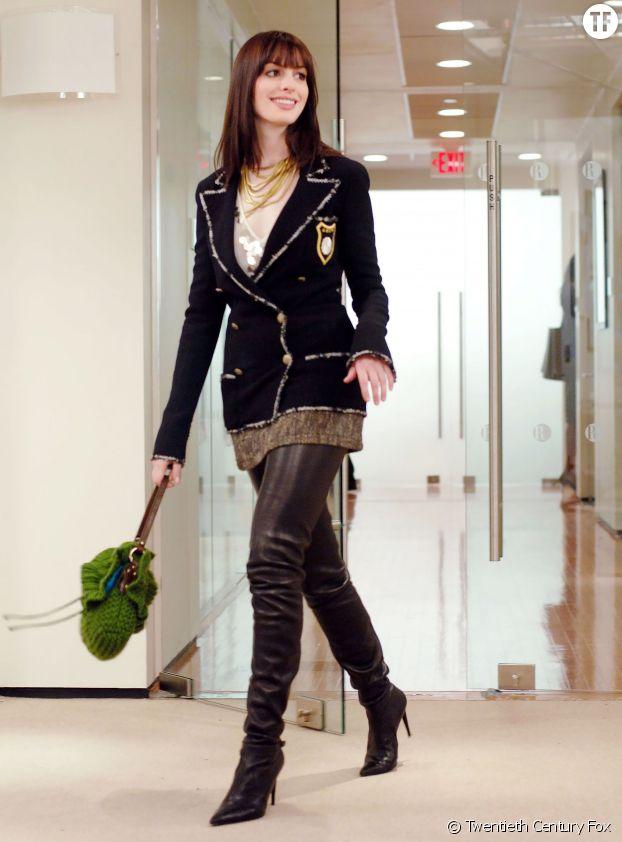 "Anne Hathaway, impériale dans ""Le diable s'habille en Prada""."