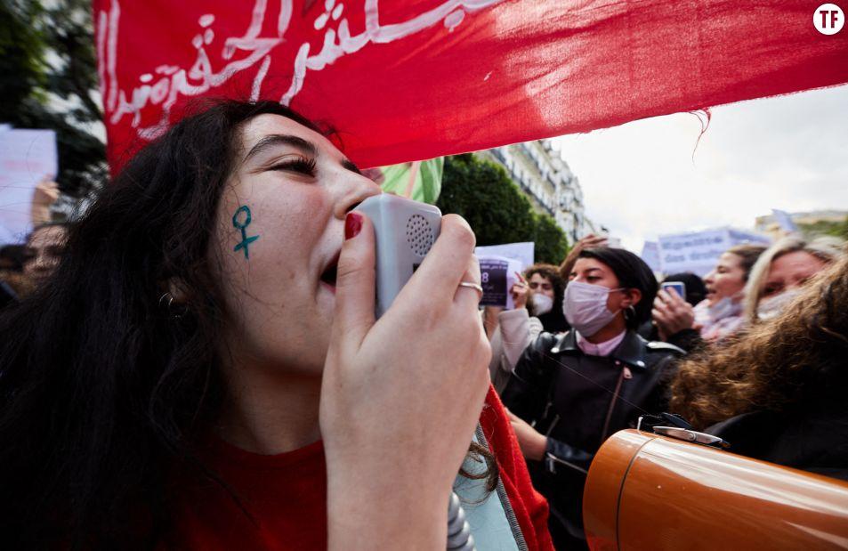 Des manifestantes à Alger pour la journée des droits des femmes le 8 mars 2021