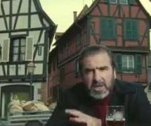 Cantona fait un portrait des houblonniers dans une pub pour Kronenbourg