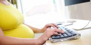 Discrimination à la grossesse : une cadre obtient 90 000 euros en appel