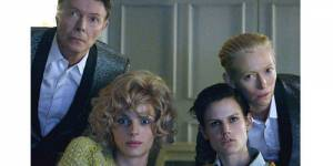 The Stars (Are Out Tonight) : le nouveau clip de David Bowie avec Tilda Swinton – vidéo