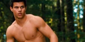 Taylor Lautner aka Jacob Black dans Twilight ne va pas entretenir son corps musclé