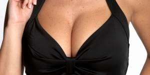Les hommes sexistes plus attirés par les gros seins ?