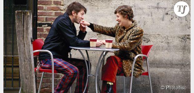 97% des Françaises disent oui à la galanterie
