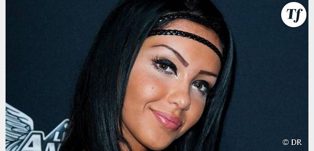 nabilla rencontre kardashian