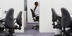 Travailler un jour férié : droits, obligations et rémunération