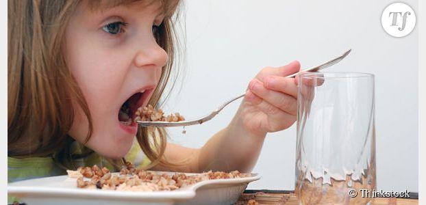 Manger en famille est bon pour la santé des enfants