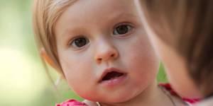 Monoparentalité : Elever seul un enfant fait peur