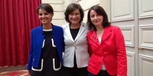 Bleu, blanc, rouge : trois ministres prennent la pose sur Twitter