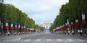 Défilé du 14 juillet 2013 : des jeunes du service civique sur les Champs-Élysées