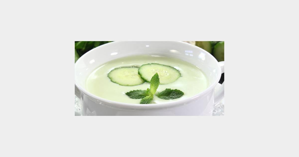 Soupe de concombre la menthe une recette express et light pour l 39 t - Recette fraiche pour l ete ...