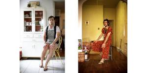 Des hommes habillés en femmes : le projet photo douteux de Jon Uriarte