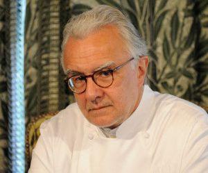 Alain Ducasse s'installe dans les cuisines du Meurice