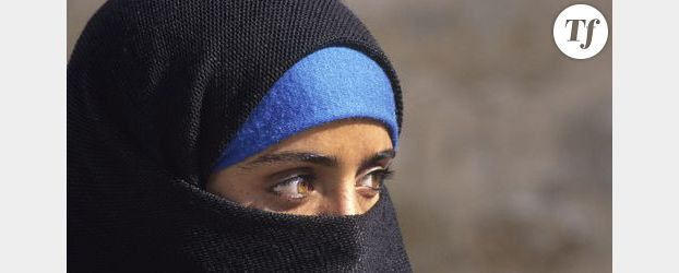Deux femmes en niqab interpellées pour rassemblement illégal