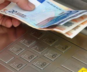Découverts et AGIOS : les frais bancaires bientôt limités à 8€ par opération