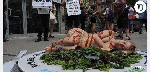 PETA : nue et enduite de sauce barbecue pour défendre les droits des animaux