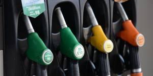 Trois conseils pour payer votre essence moins chère sur l'autoroute
