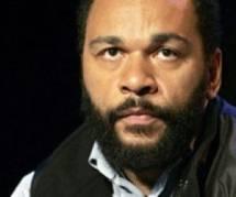 Dieudonné : Interdit de scène à Angers, il assure son spectacle en plein-air