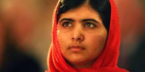 Malala, favorite pour le Nobel de la Paix et menacée par les talibans