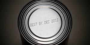 Surgelés, lait, viande... : peut-on manger des produits périmés ?