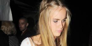 Cressida Bonas : quand la copine du prince Harry jouait les pom-pom girls prostituées - vidéo