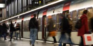 Quatre commandements pour survivre à un trajet en métro