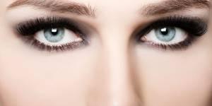 Cours de maquillage à Paris : 8 adresses pour chopper le bon coup de pinceau