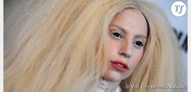 """Lady Gaga : en Une de """"Glamour"""", elle dénonce l'utilisation de Photoshop"""