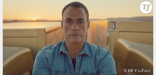 Jean-Claude Van Damme : A 53 ans, il fait toujours le grand écart entre deux camions
