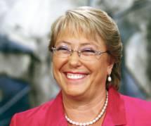Présidentielle au Chili : Michelle Bachelet remporte largement le premier tour