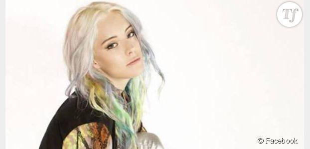 Colorer ses cheveux en rose, bleu ou vert : c'est possible avec Hair Chalk de l'Oréal