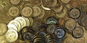Bitcoins : il jette un disque dur contenant 7,5 millions de dollars de la monnaie virtuelle