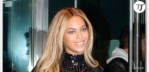 Beyoncé : pour Noël, elle offre 37 500 dollars aux clients d'un supermarché Walmart - vidéo