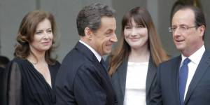 Hollande, Sarkozy : voeux de Noël et polémiques sur Twitter et Facebook